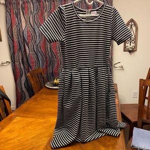 LulaRoe black and white stripes dress